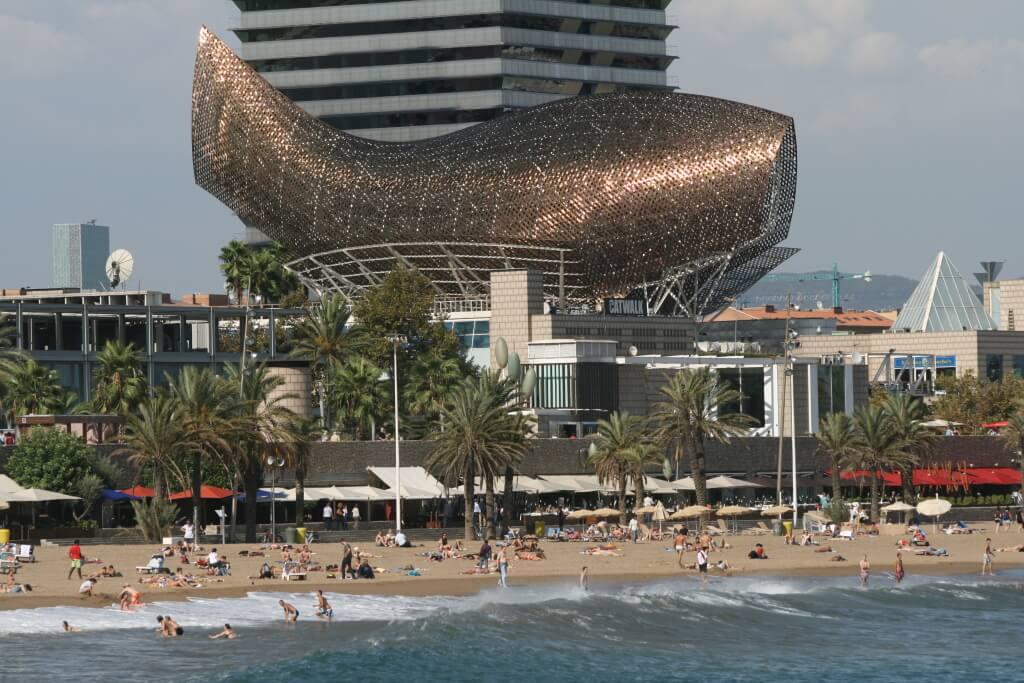 Gehry fish, Vila Olimpica. Купить недвижимость в Барселоне у моря