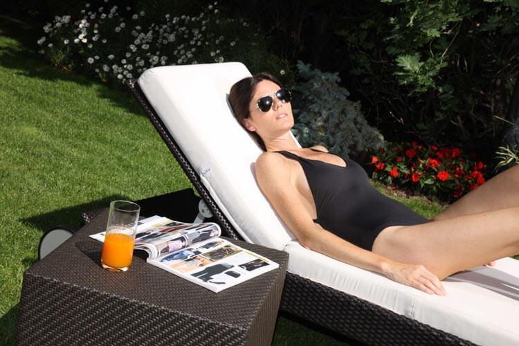 Comprar pisos de lujo en Barcelona piscina solarium One Pedralbes House