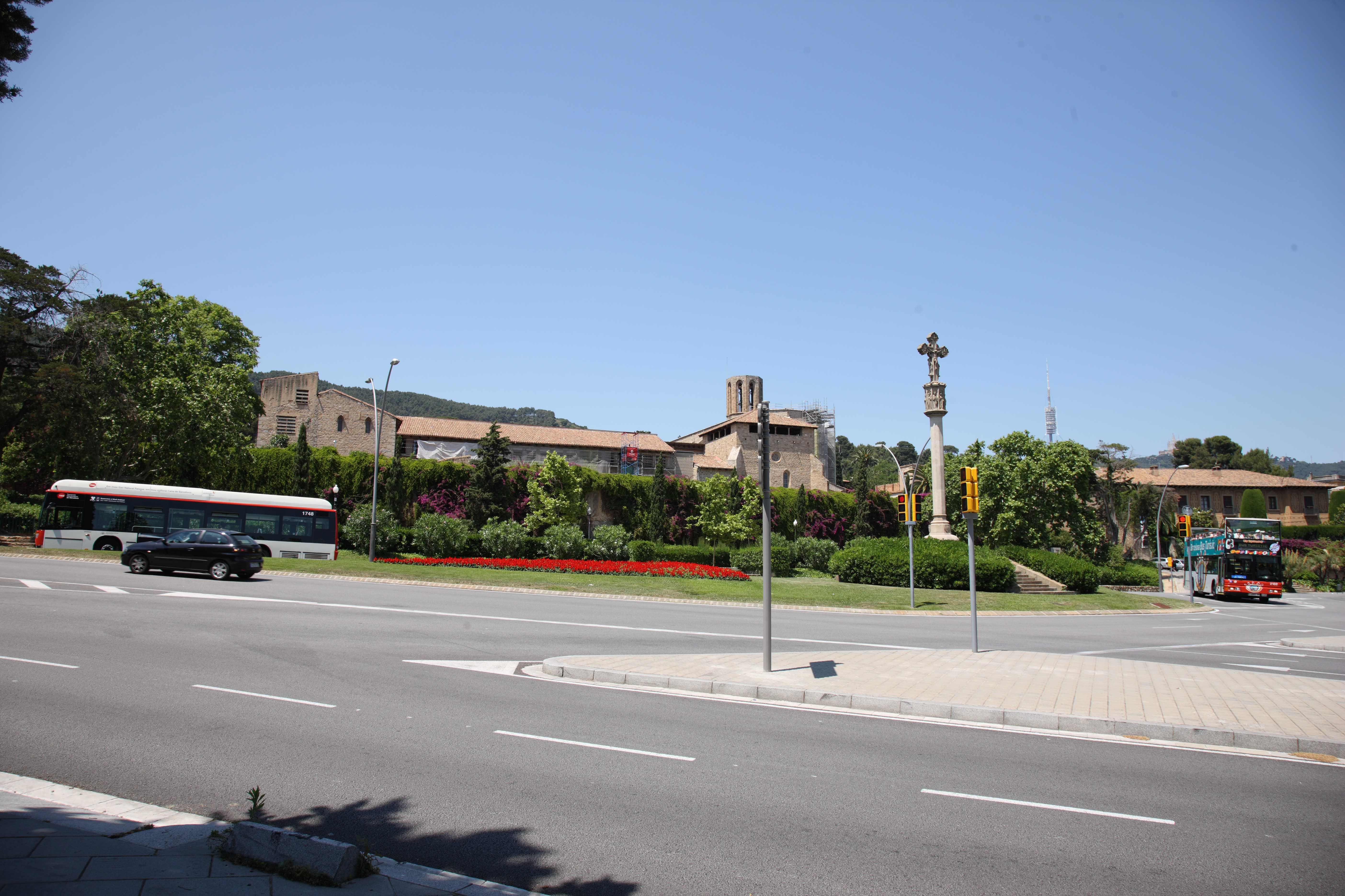 Монастырь Святой Марии в Педральбесе. Купить квартиру в Барселоне, лучшие предложения.