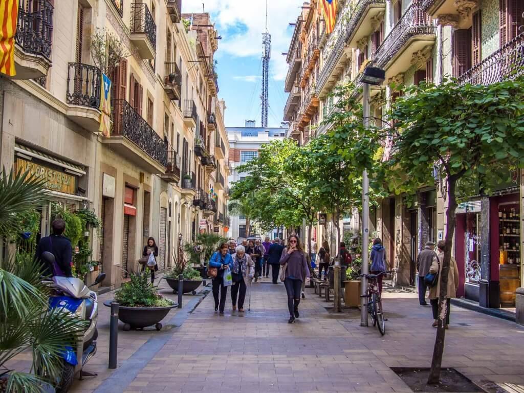 Улица в Грасия. Купить недвижимость в Барселоне