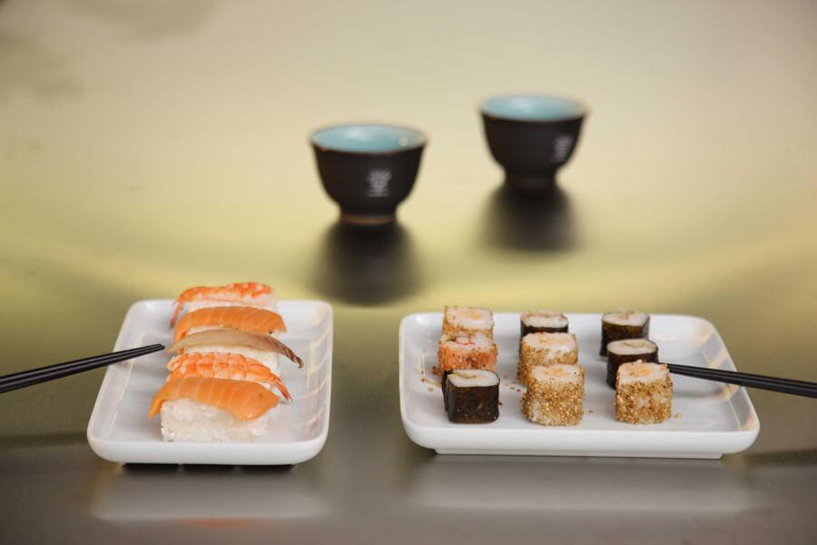 Pisos lujo Barcelona, comida japonesa sushi