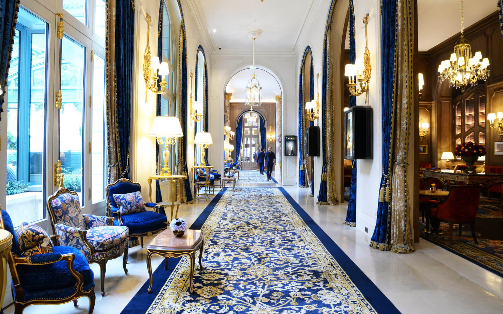 Hall of Ritz hotel in Paris